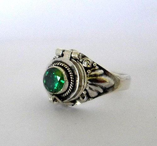 Poison Ring Bali Sterling Silver Locket Ring Green Quartz (sub for may emerald) birthstone AR11