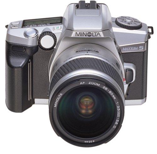 Minolta Maxxum 5 35mm SLR Quartz Date Kit with 28-80mm Zoom