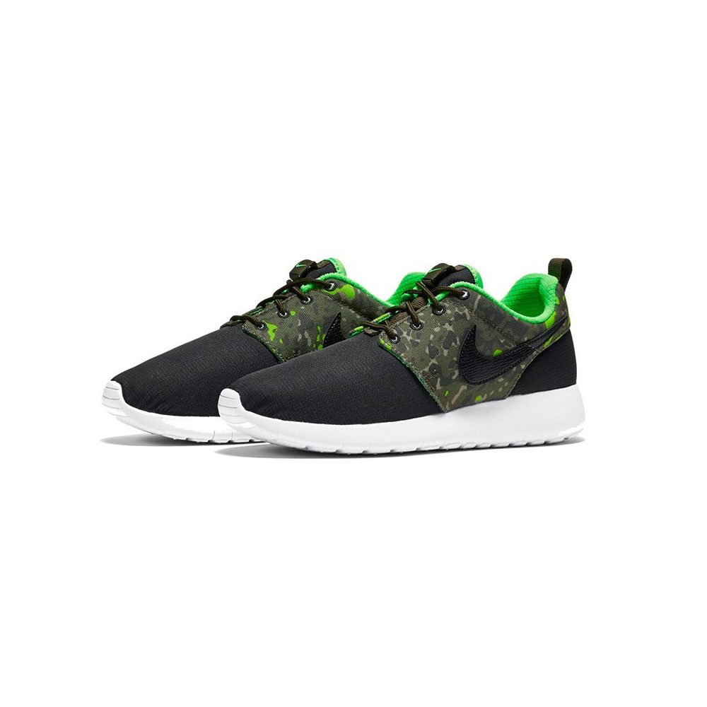 low priced 2ea03 0ac9c Amazon.com   Nike roshe one print (GS) Youth Sneakers 677782 008 Multiple  sizes (7)   Running