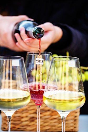 Könner Stemware Lead Free Crystal Wine Glasses, Bordeaux Wine Glasses, Burgundy Wine Glasses, Champagne Glasses, Good for Red Wine, White Wine (Bordeaux Wine Glass)