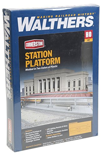 Walthers, Inc. Station Platform Kit, 11-3/4 x 2-1/4 X 2-5/8