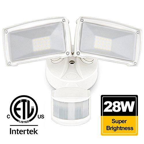 LED Security light 28W 2500 Lumen BBOUNDER 5000K Indoor and Outdoor motion sensor light waterproof IP65 2 Adjustable Head Dusk-to-Dawn Sensor Flood Light for Entryways Stairs Yard Garden (Diy Security Light)