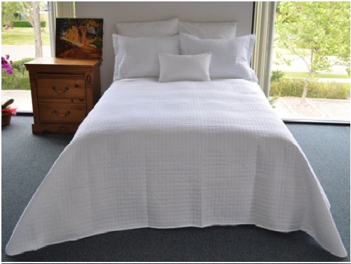 Luxury Lines Microfiber Quilt Coverlet, Queen, White
