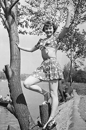 Audrey Hepburn Sexy Bare Midriff 1954 24x36 Poster At Amazons