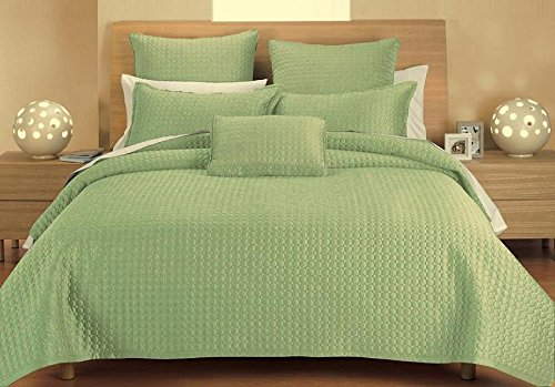 J&J Bedding Classic Circle Quilt, Twin, Green