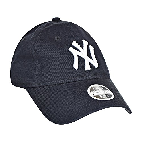 MLB New York Yankees Women's Essential 9Twenty Adjustable Cap