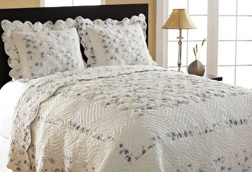 Be-You-tiful Home Floral Bouquet Queen Quilt with Shams