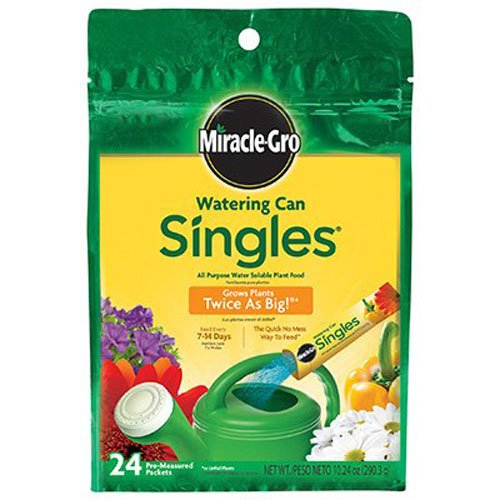 Miracle-Gro Watering Can Singles - Includes 24 Pre-Measured Packets (10.24 ounces)  of Miracle-Gro All Purpose Plant Food (Plant (Miracle Gro Water Soluble Lawn Food)