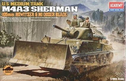 13207 1/35 U.S. Army M4A3 Sherman 105mm w/M1 Dzr Blade