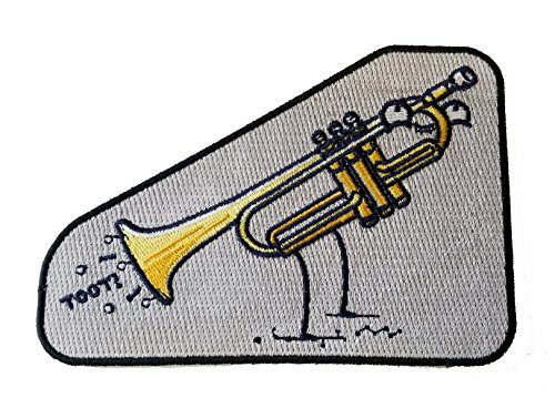(Toot Funny Trumpet Fart Out Horn - Novelty Iron On Patch Applique)