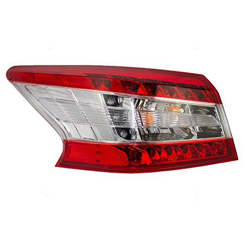 Tail Light Lamp Drivers Quarter Panel Mounted Left Rear Assembly Replacement for 13-15 Nissan Sentra 26555-3SG0A AutoAndArt