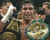 Oscar De La Hoya, Golden Boy, Boxing, Champ, Signed, Autographed ,8x10, Photo, Comes with a Coa and Proof Photo