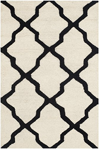 Safavieh Cambridge Collection CAM121W Handcrafted Moroccan Geometric Ivory and Black Premium Wool Area Rug (2'6