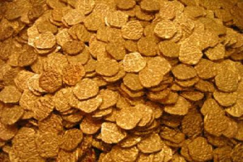 Lot of 100 - Shiny Gold Pirate Doubloons by Xingcolo - Replica Pirate Coins