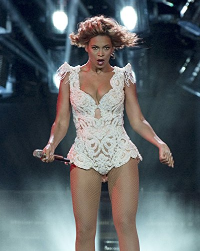 [Beyonce Knowles Sexy Low Cut Busty Revealing Costume Concert 16x20 Canvas Giclee] (Revealing Costumes)