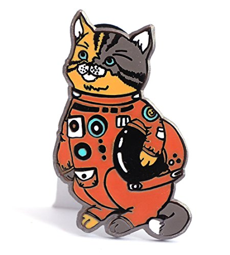 cat-enamel-pin-astronaut-kitty-in-a-space-suit-holding-a-space-helmet-cat-lovers