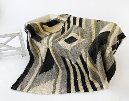 Bed Blanket Queen Grey Heavy Wool Blanket 100 percent Warm Throw Blanket Geometric Cozy Plaid
