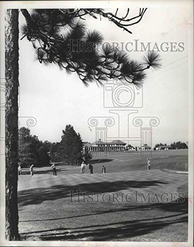 1955 Press Photo Pinehurst Country club in North Carolina - mjb73554 - Historic Images