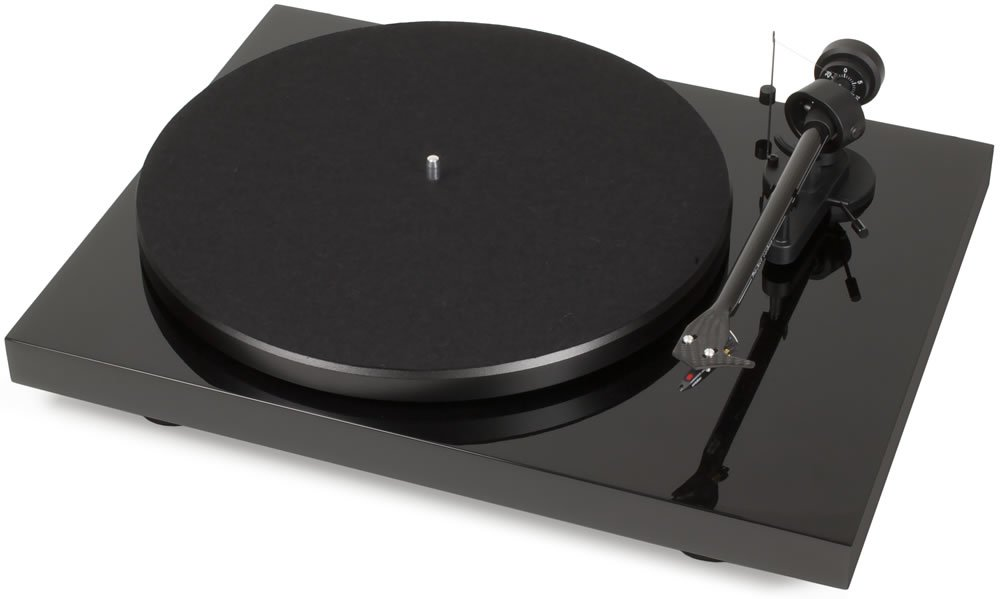 Pro-Ject - Debut Carbon DC USB Turntable