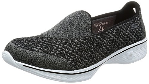 Skechers Performance Damen Go Walk 4 Kindle Slip-On Wanderschuh  Schwarz-Weiss
