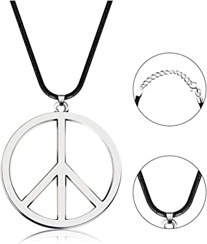 collier homme annees 70