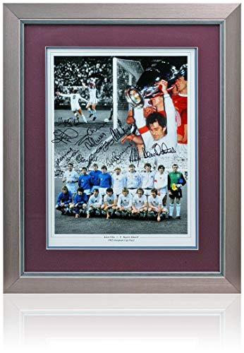 Aston Villa 16x12'' 1982 European Cup Winners photo, hand signed by 11