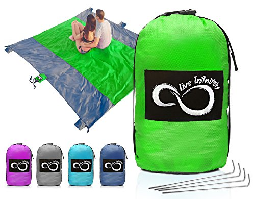 Sand Free Compact Outdoor Beach / Picnic Blanket- Huge-9' x 10' For 7 Adults- Best Mat For Festivals & Hiking-Very Soft & Quick Drying Ripstop Nylon- 5 Weightable Pockets (Green Middle)