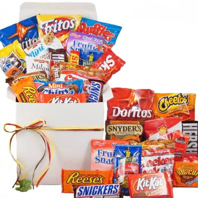 Amazon Snackstravaganza Deluxe Snack Gift Basket