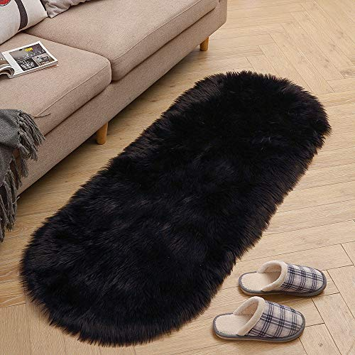 (LEEVAN Soft Shag Area Rugs Living Room Faux Fur Wool Oval Bedroom Carpet Plet Rug Fluffy Kids Children Play Mat Home Accent Decorate(Black,2ft x 5.3ft))