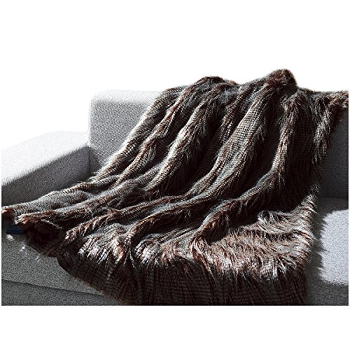 Mellanni All-Year-Round Faux Fur Throw, Will Not Shed! Super Soft, Comfy - Makes Luxurious Gift - Enhance Your Home Décor - Use for Travel - Gray Peacock Feathers