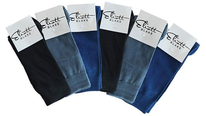 219 Paar Socken verschiedener Größen und Farben