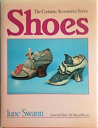 Shoes (Costume Accessories (Costume Dramas Series)