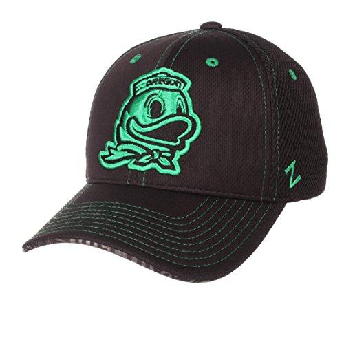 Zephyr NCAA Oregon Ducks Men's Undertaker Hat, Adjustable, Black