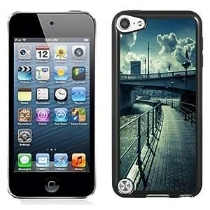 NEW Unique Custom Designed iPod Touch 5 Phone Case With Water Bridge Street View Lockscreen_Black Phone Case