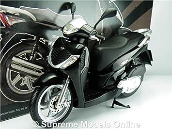 HONDA SH125I MOPED SCOOTER MOTORBIKE MODEL 1:12 SCALE IXO