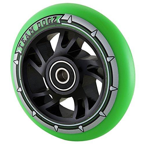 チームDogz 110 mm Swirl Core StuntスクーターWheel – ブラック/グリーン