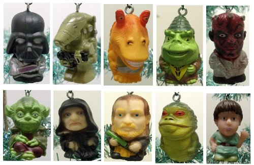 star wars set of 10 christmas tree ornaments featuring darth vador darth maul luke skywalker and yoda amazonca toys games