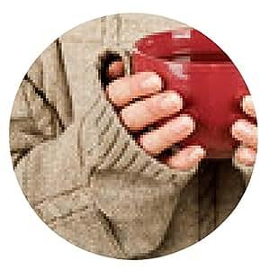 alfombrilla de ratón Manos femeninas con la bebida de golpe - ronda - 20cm