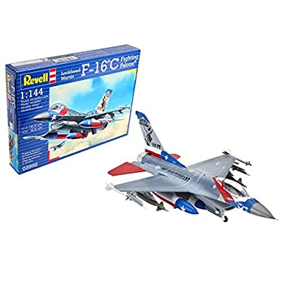 Revell Germany 03992 F-16C Fighting Falcon Model Kit: Toys & Games