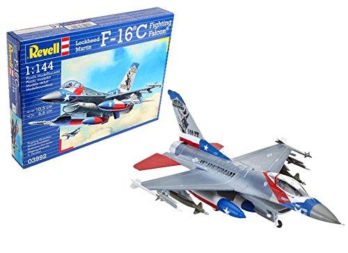 (Revell Germany F-16C Fighting Falcon Model Kit)