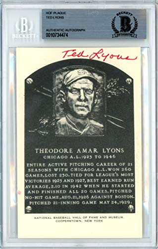 (Ted Lyons Autographed Artvue HOF Plaque Postcard Chicago White Sox Beckett BAS #10734474)