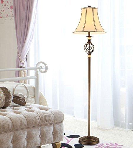 LQB American Country Vintage Schmiedeeisen Stehlampe minimalistischen Schlafzimmer Den Wohnzimmer Stehlampe