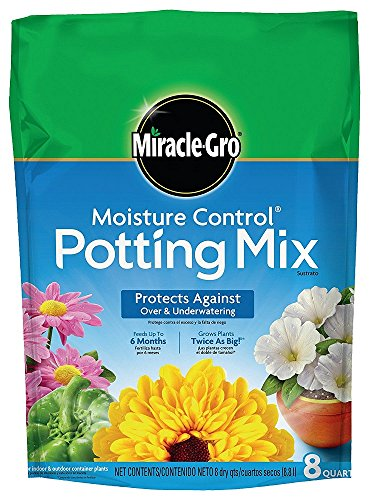 (Miracle-Gro Moisture Control Potting Mix, 0.26-Cubic Feet (8qt.), 3 Units )