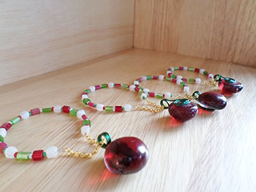 Red, White and Green Memory Wire Napkin Rings or Wine / Liqueur Bottle Charm Necklace Accessory. Set of (White Liqueur)