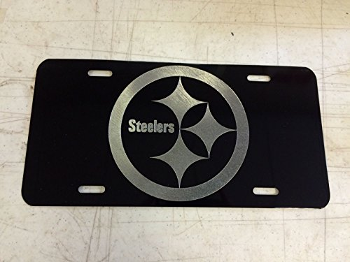 (Diamond Etched Pittsburgh Steelers Logo Car Tag on Black Aluminum License Plate)