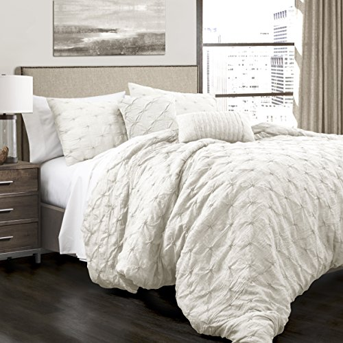 (Lush Décor Ravello Shabby Chic Style Pintuck White 5 Piece Comforter Set with Pillow Shams - King Comforter Set)