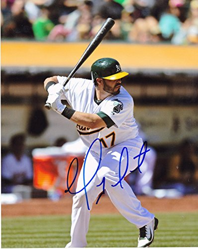 GEOVANY SOTO OAKLAND A'S ACTION SIGNED 8x10 - Autographed MLB Photos