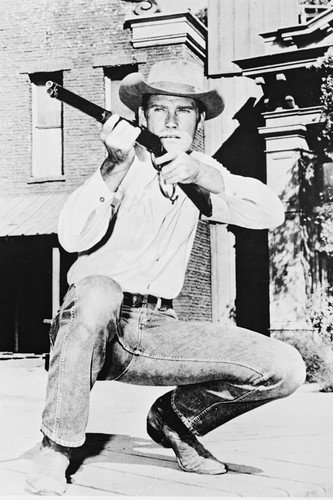 Chuck Connors as The Rifleman Lucas McCain crouching aiming rifle 24X36 Poster Silverscreen