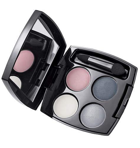 True Color Eyeshadow Quad by Avon - Romantic Mauve
