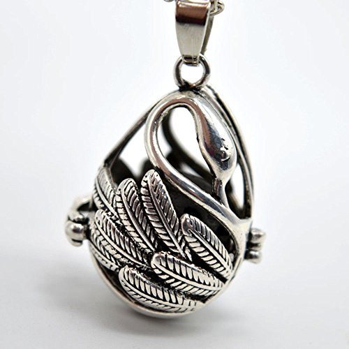 Necklace Swan Pendant Hollow Locket Necklace Perfume Fragrance ()